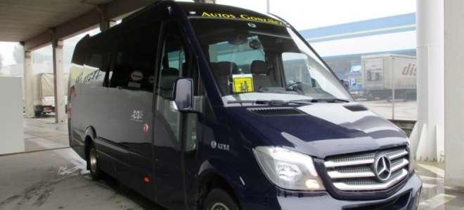 Autos González adquiere un microbús Unvi